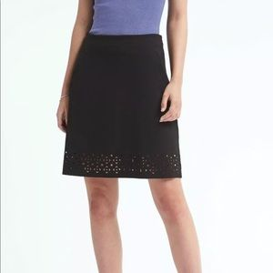 Banana Republic Black Laser Cut Ponte Skirt Size 2